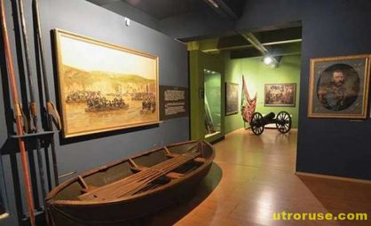 Научен сътрудник окрал военноисторическия музей